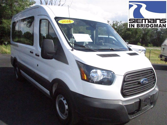 Pre-Owned 2016 Ford Transit Wagon XL 10-Passenger