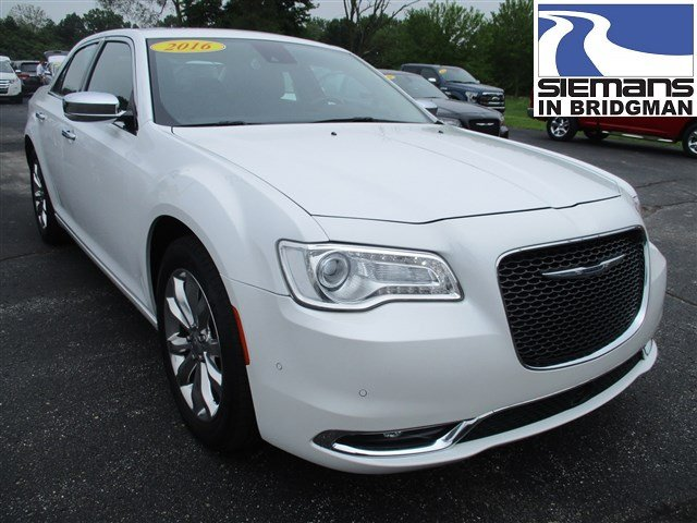 Pre-Owned 2016 Chrysler 300C AWD