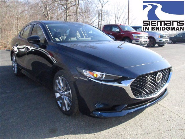 New 2020 Mazda3 4 Door w/Preferred Pkg
