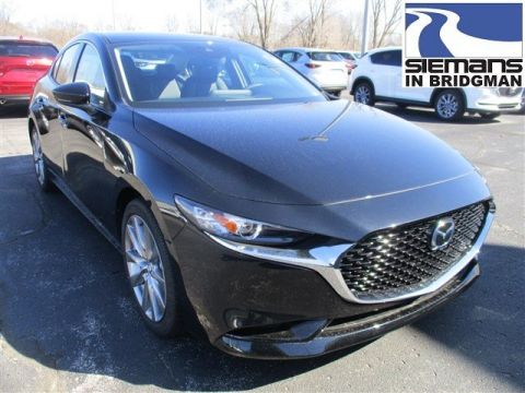 New 2019 Mazda3 4 Door w/Select Pkg